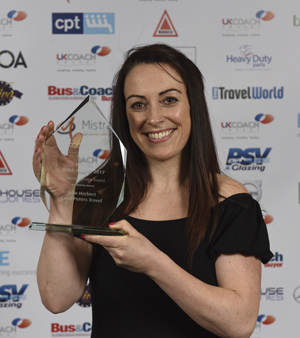 Julie Herbert from Carol Peters Travel, winner of the 2017 Customer Service Award